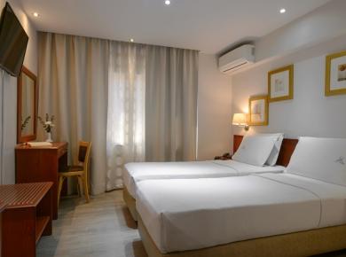 piraeus-double-room-01