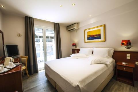 piraeus-double-room-12