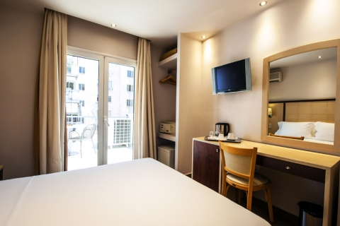 piraeus-double-room-24