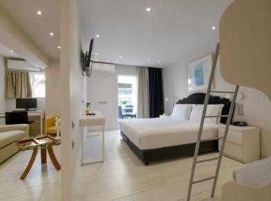 1_piraeus-family-room-05