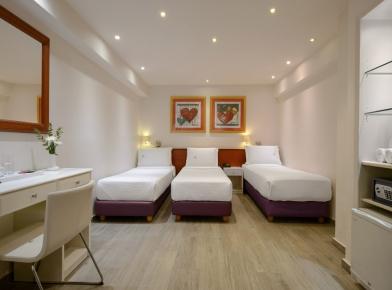 1_piraeus-triple-room-04